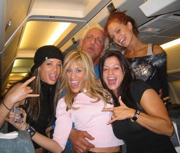 RicFlairPartyingWithWomen